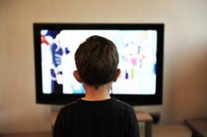 Reklama, dziecko i Ty, czyli co powinieneś wiedzieć o dziecięcych reklamach, by uchronić je od nadmiernego konsumpcjonizmu