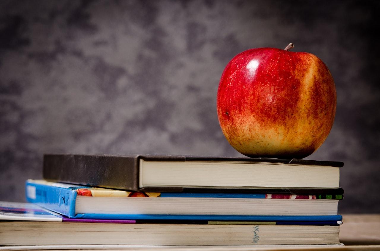 Blog StoMonet.pl ma już rok. Fakty, wnioski i plany na 2018 r. Dokąd zmierza edukacja finansowa najmłodszych?