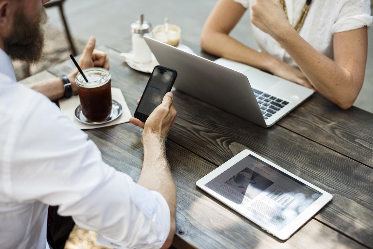 Nowe technologie w finansach. Jak zmieniają nasze życie?