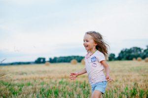 Ubezpieczenie posagowe – czy warto oszczędzać na przyszłość dziecka w tej formie?