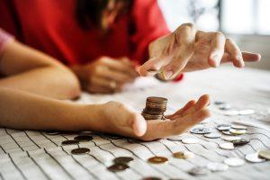 Akcja #zbieramStoMonet – czas start! Jak bezboleśnie zaoszczędzić 100, 200 lub 500 zł?